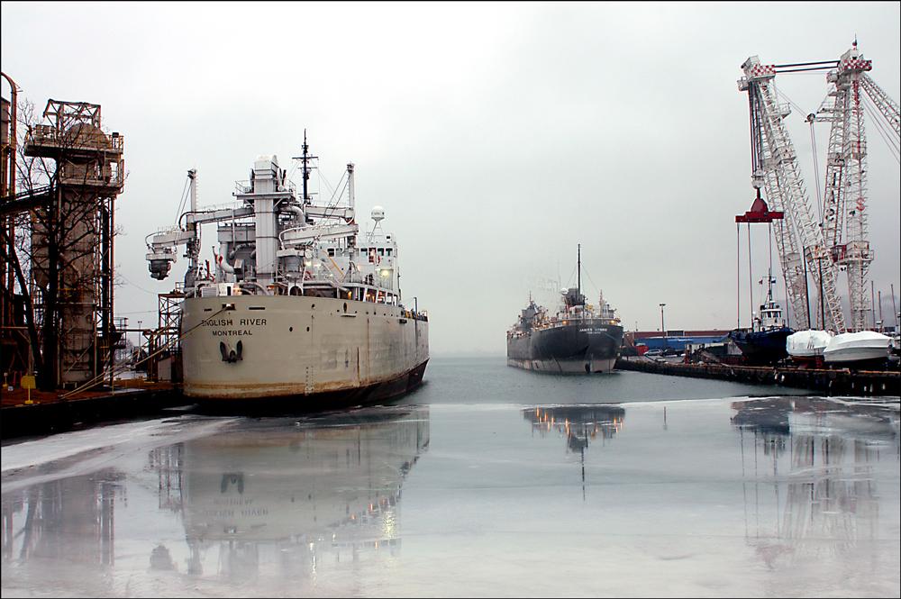 Jeff Powis Two Ships 2000px 72